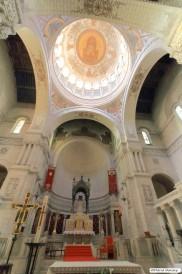 Le dôme, magnifique, au dessus de l'autel.