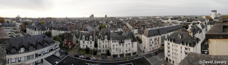 """Panorama par collage de la vue """"Sud"""" depuis le haut de la Tour de l'université François Rabelais."""