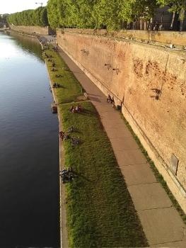 Quais de la Garonne depuis le pont neuf.